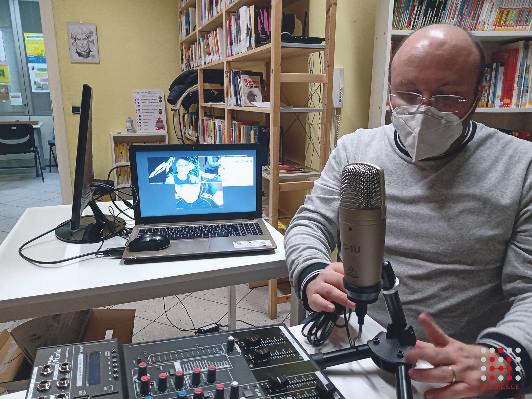 radioweb_unicaradio-2